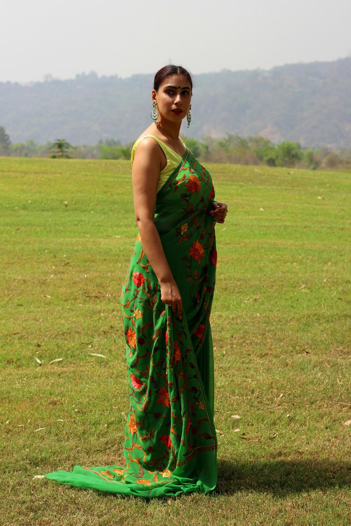 Designer sarees online lowest price