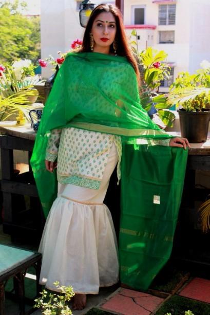 Buy sarees online Pink Paparazzi
