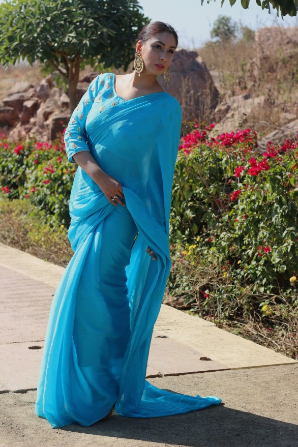 Designer lehenga sarees online shopping @ Pink Paparazzi (2)