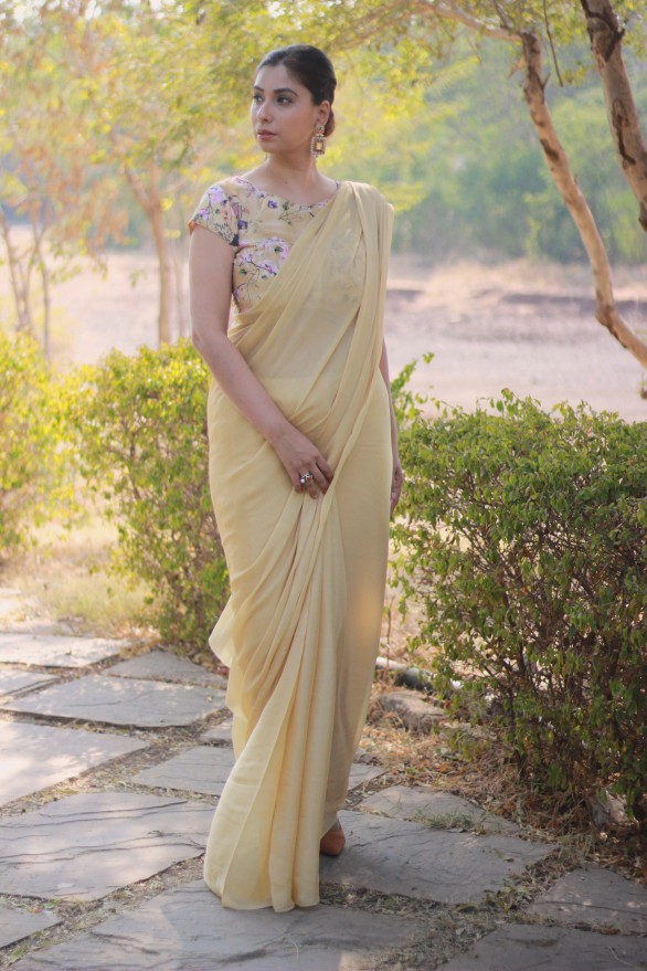 Designer lehenga sarees online shopping @ Pink Paparazzi (8)