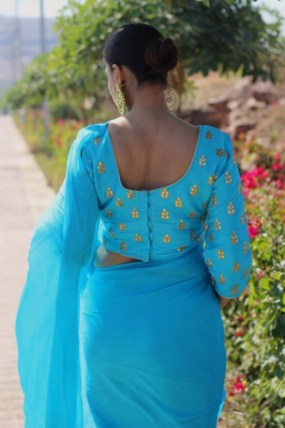 Designer lehenga sarees online shopping @ Pink Paparazzi