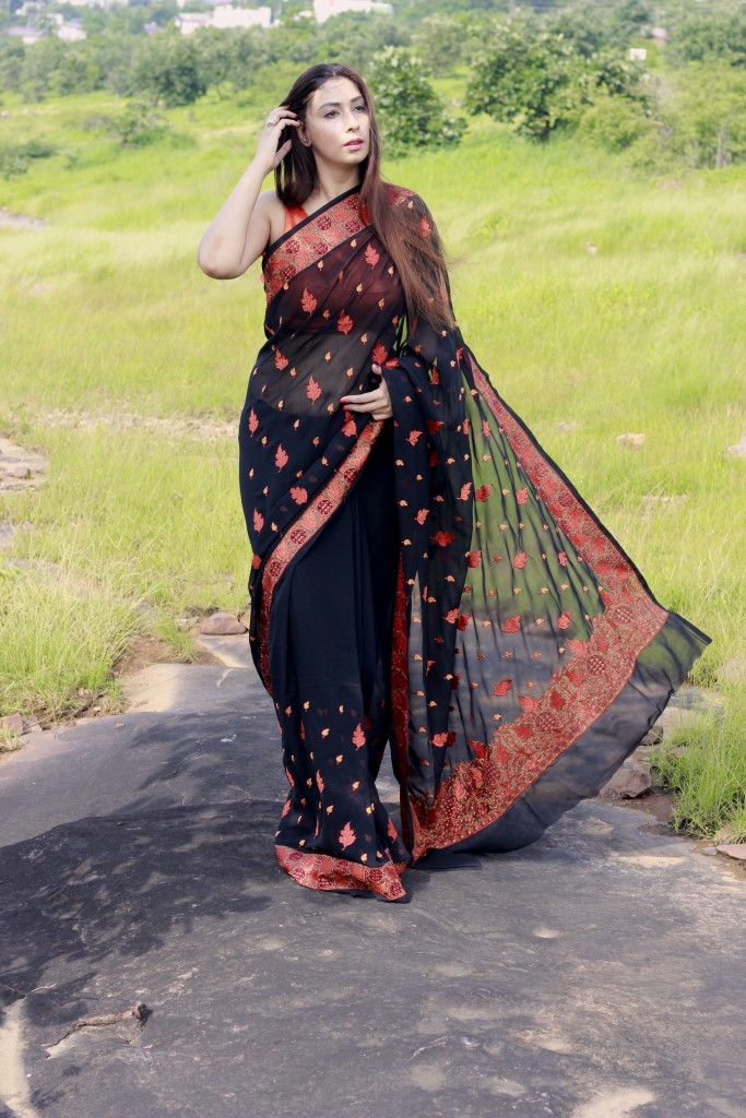 Designer lehenga sarees online shopping- Pink Paparazzi (2)